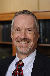 A portrait of Larry Norford who is the senior director and senior philanthropic advisor in the Johns Hopkins of Gift Planning.