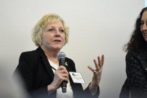 Lisa-Dunkle-speaking-at-MedTalks