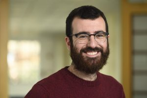 A portrait of physics and astronomy postdoctoral fellow Jose Luis Bernal.