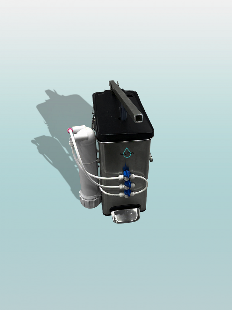 A rendering of a portable water pump featuring a tall rectangular reservoir and three thin tubes leading to a small attached cylinder